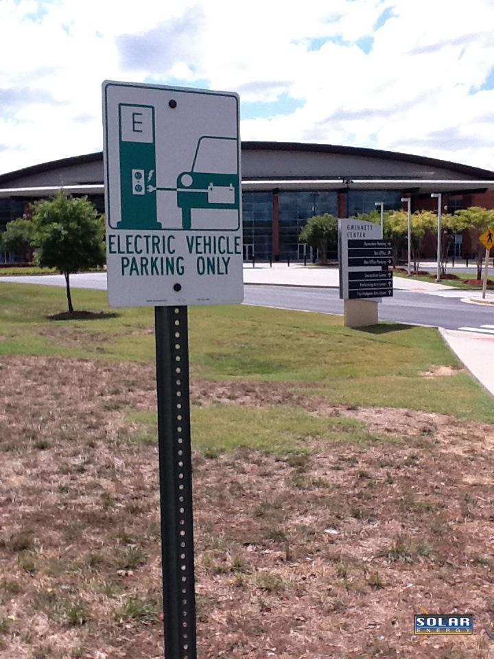 ev-sign-gwinnett-arena-seusa
