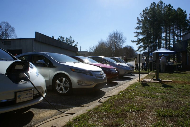 electric-vehicles-earth-day-solar-energy-usa