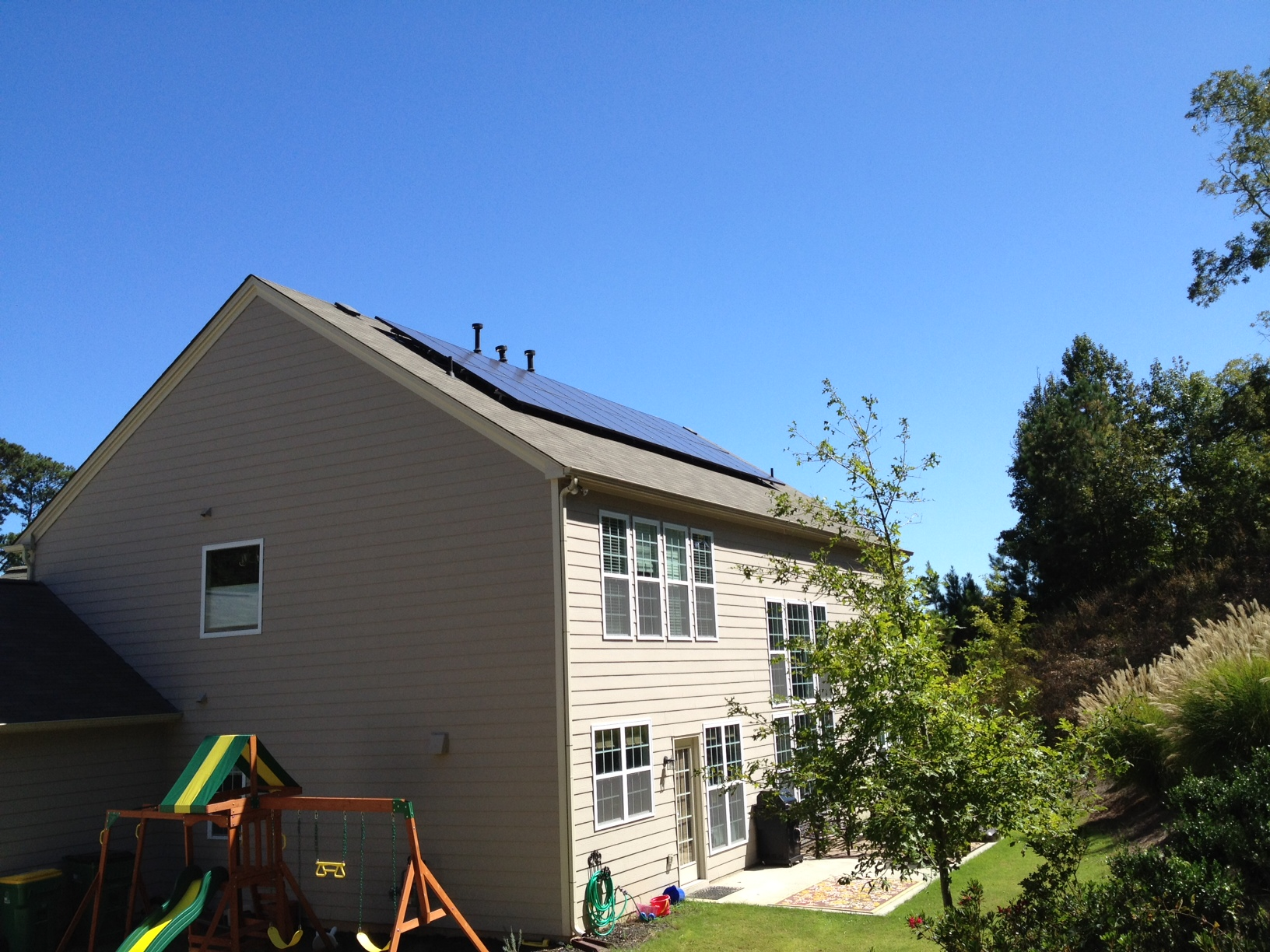 solar-lease-georgia-home-solar-panels-side-view