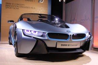 bmw-i8-electric-plug-in-car