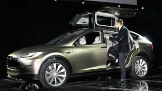 tesla-model-x-plug-in-electric-vehicle