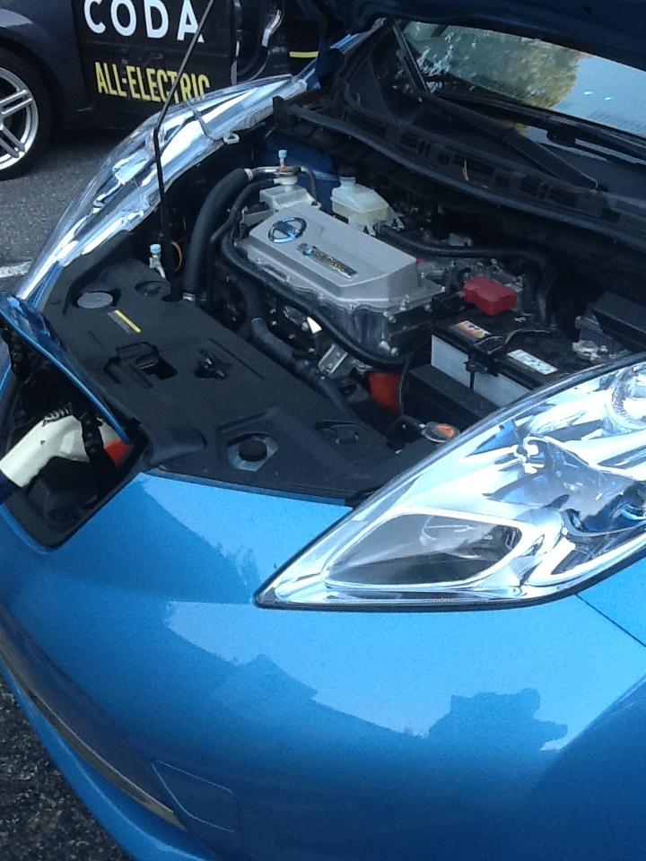 nissan-leaf-engine-electric-car-show