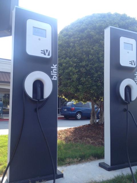 electric-vehicle-charging-station-kroger-alpharetta-georgia-2