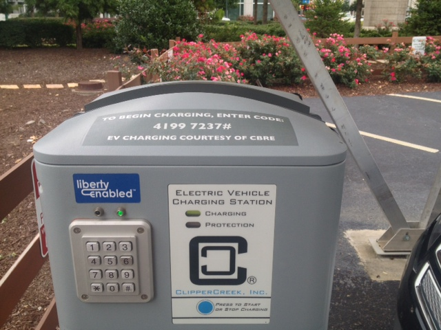 electric-vehicle-ev-charging-stations-atlantic-station-atlanta-georgia-3