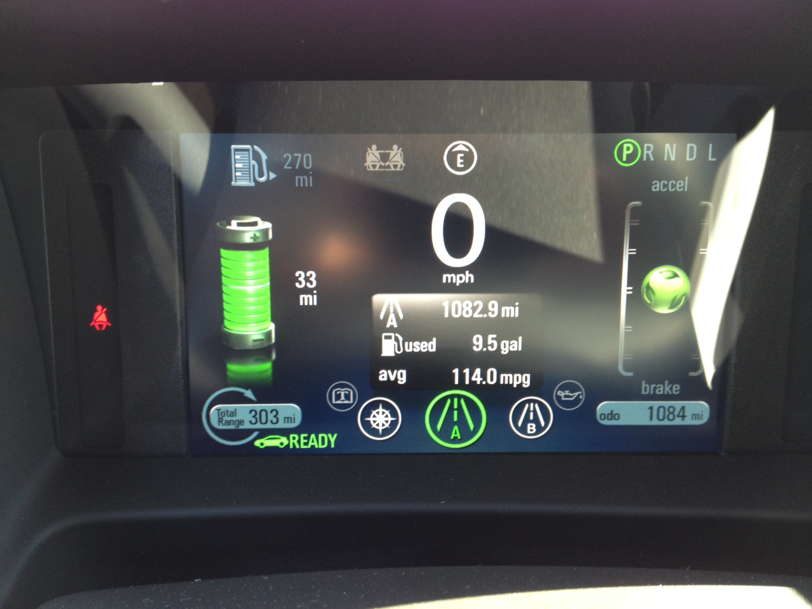chevy-volt-steering-wheel-display-battery-only