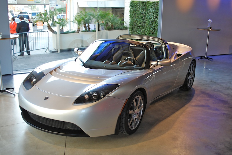 tesla_roadster_electric_car