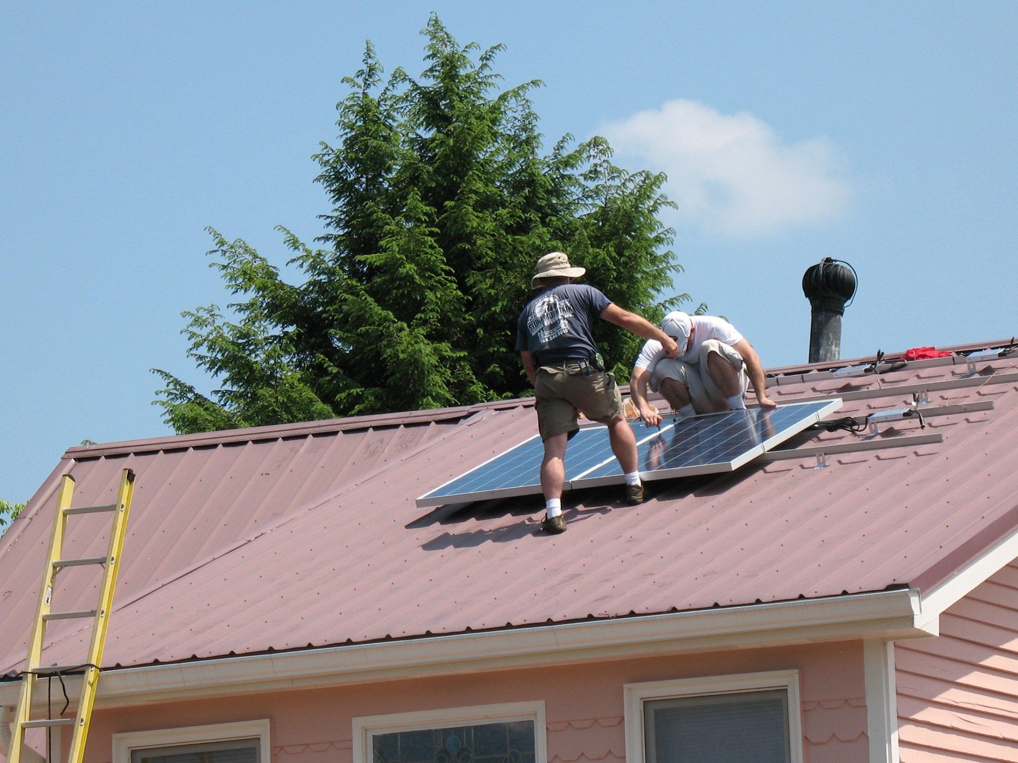 join-solar-energy-usa-install-team